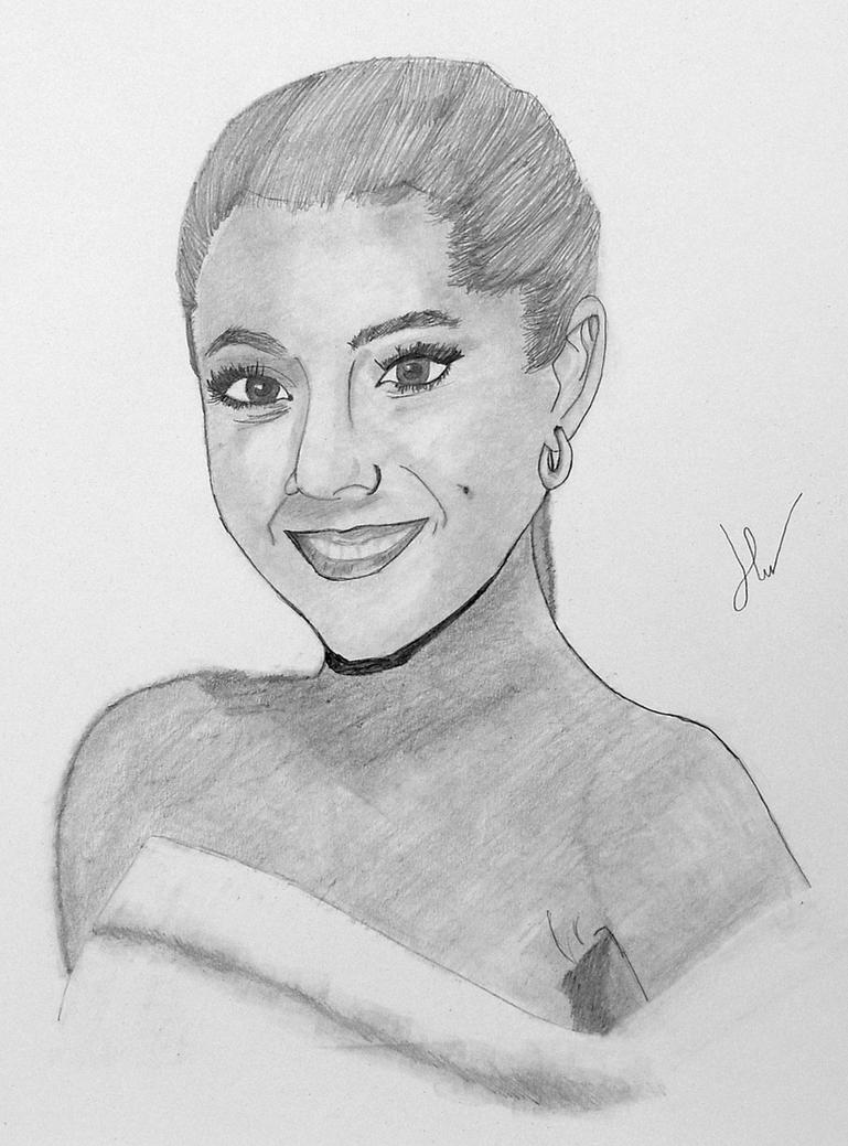 Ariana Grande by ~HannahLouLou