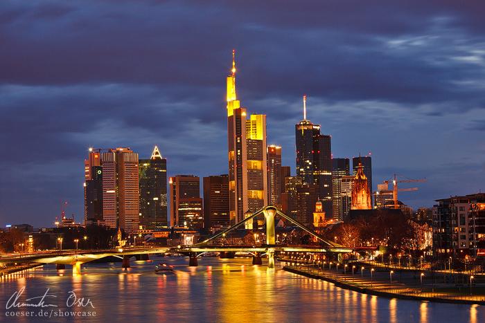 Frankfurt Skyline by Nightline