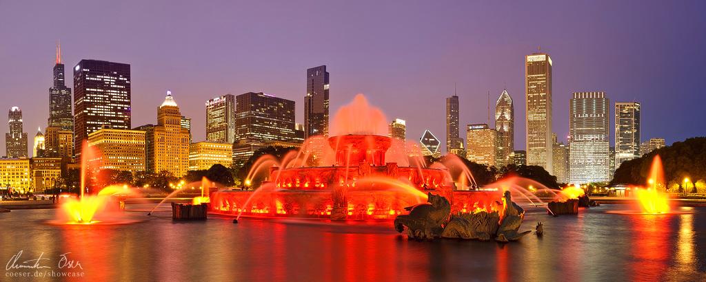 Chicago, Buckingham Fountain by Nightline