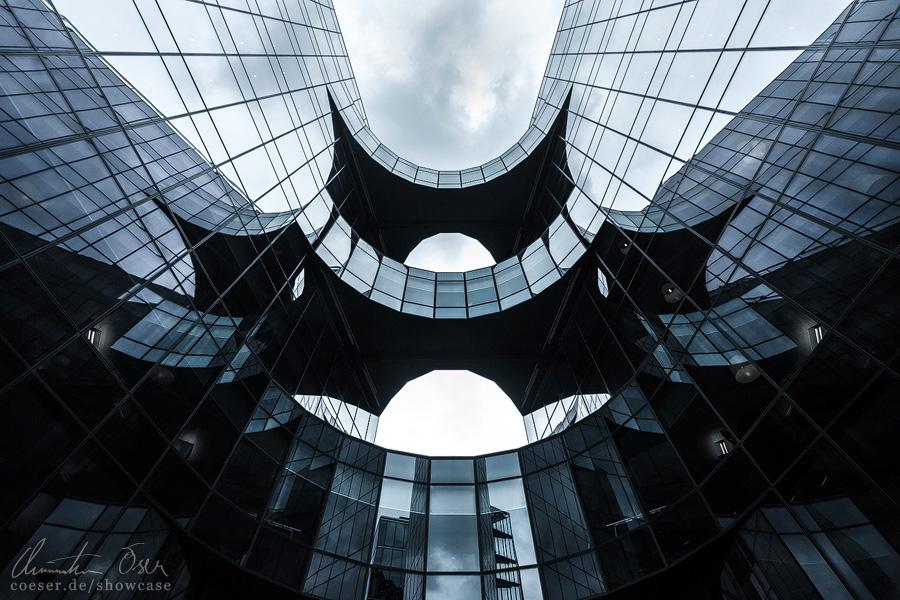 London Batman Building by Nightline