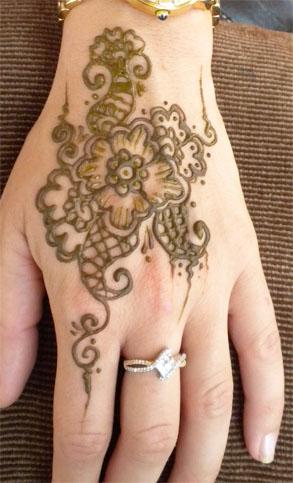 Henna Festival Flower Hand by flowerwills