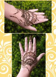 Henna Fan by flowerwills