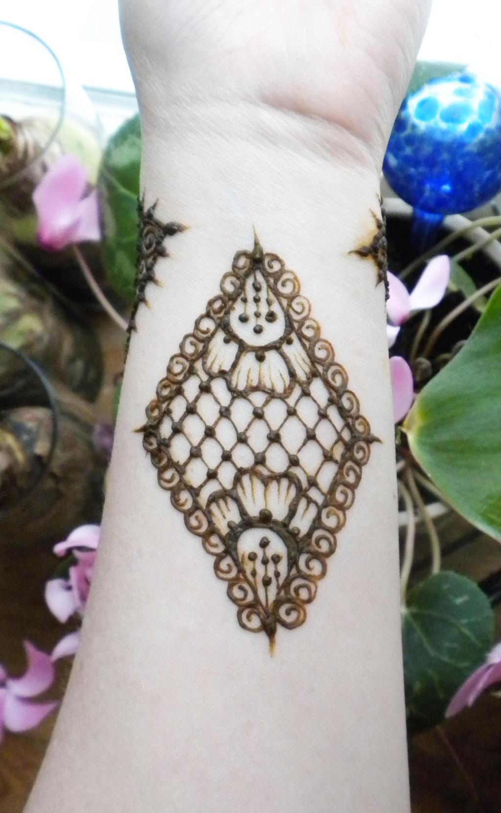 Henna Lace Flower Diamond By Flowerwills On DeviantArt