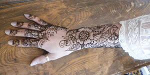 Henna Victorian Hand Lace