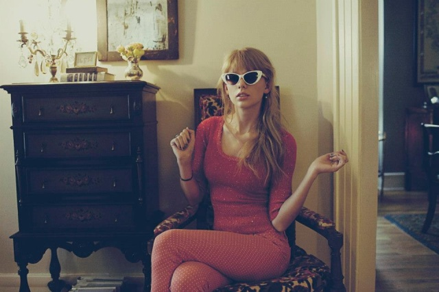 Taylor Swift - Red Photoshoot +6 by BananaPhotopacks on ...