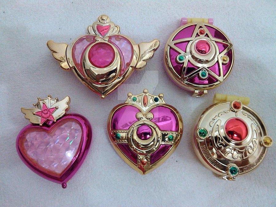 Sailor Moon Transformation Compacts Gashapon Set by MichiruPLANET