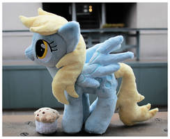 Talking Derpy plush by Shamblezz