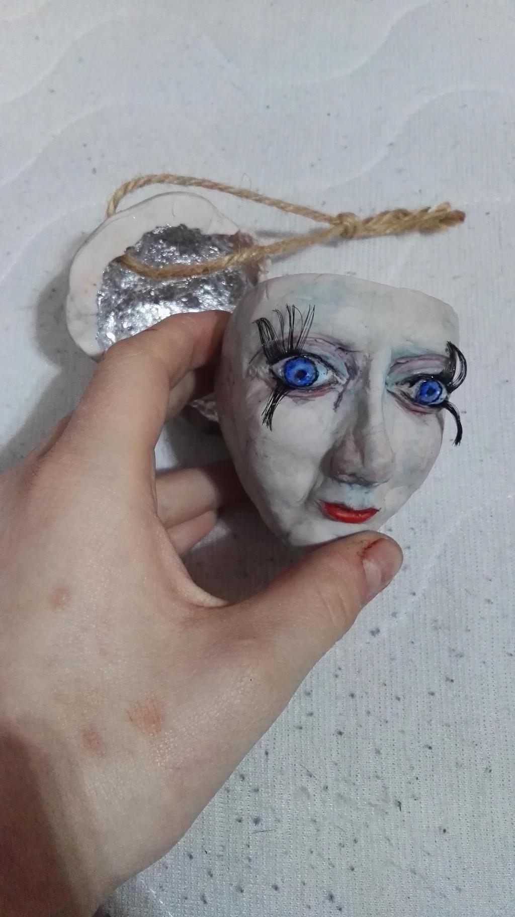 creepy doll by Alex-hime-san