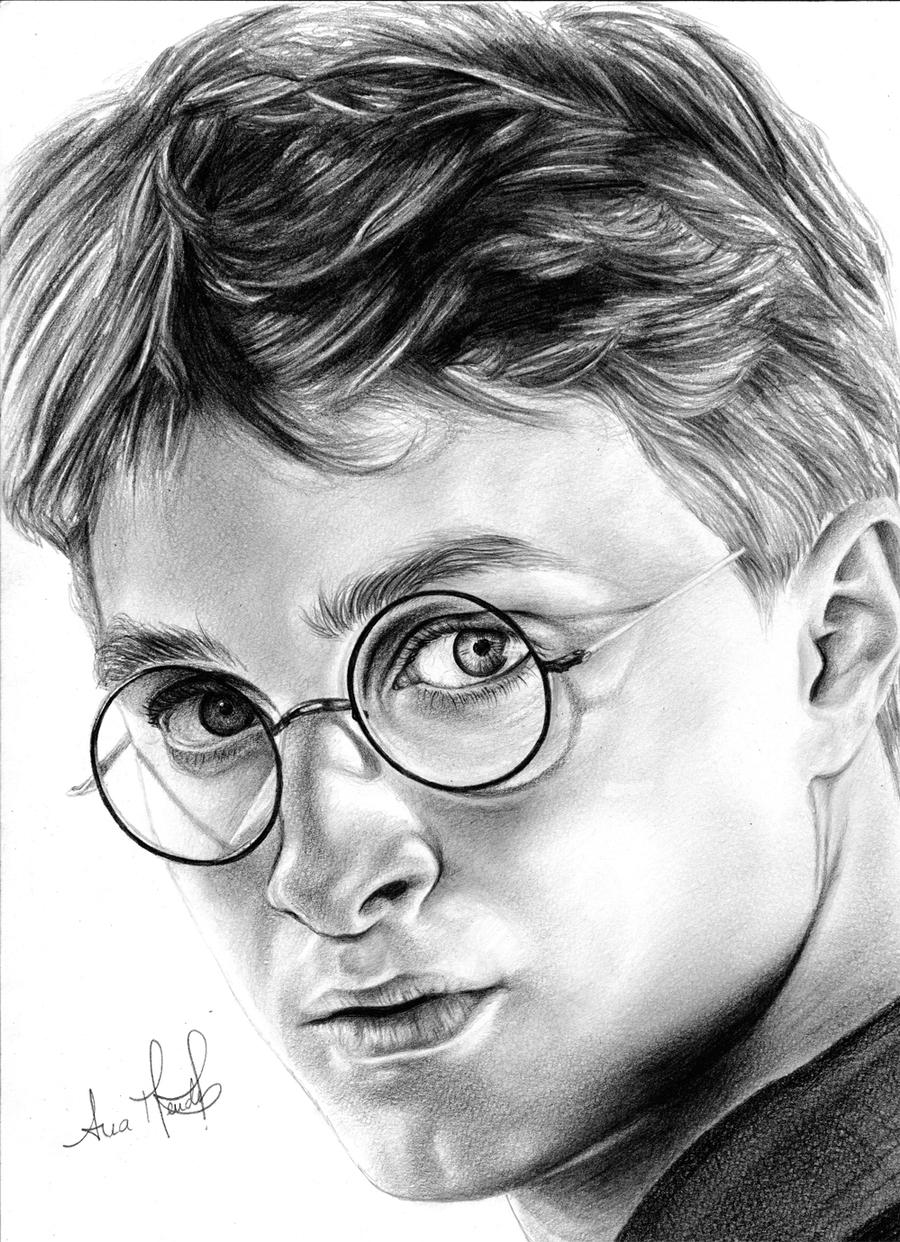 Harry Potter by anokaxlegolas
