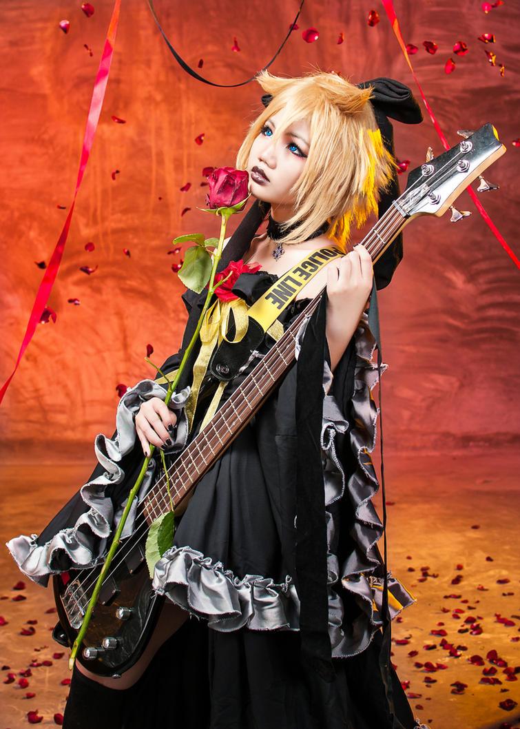 Imitation Crimson Black: Kagamine Len by kazereivolt