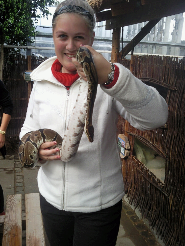 it's me with snake by Shalialove
