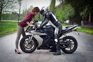 R1 by haziskret