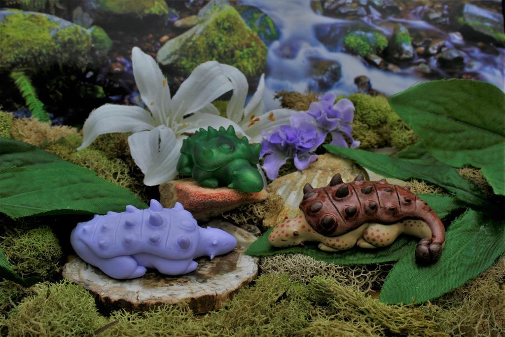 New Sleepy Ankylosaurus Figurine by MiniMynagerie