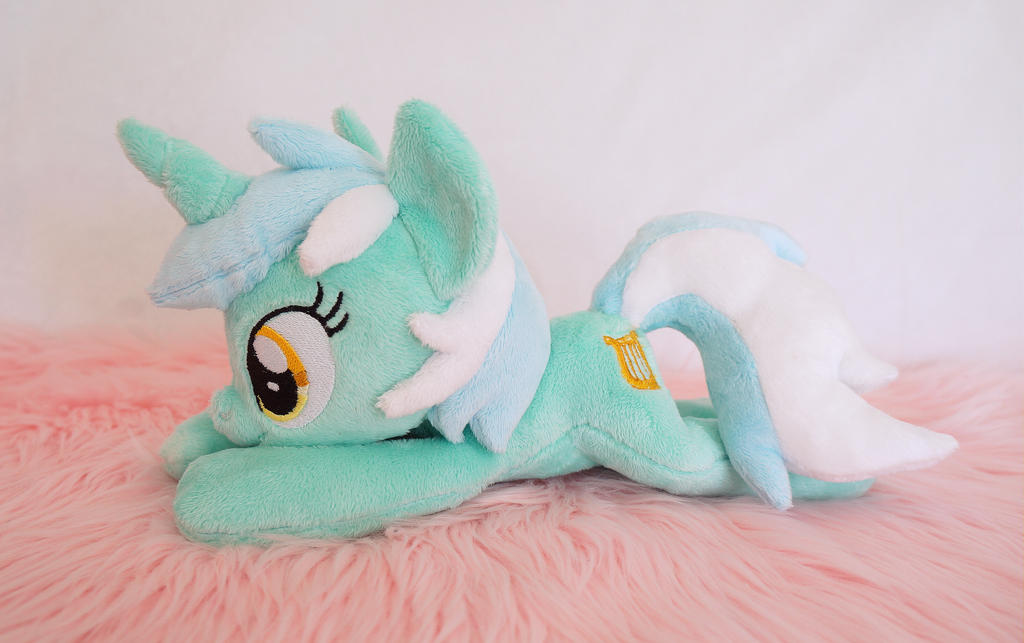 Lyra Beanie by Fafatacle
