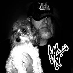 dA ID Profile Pic by MarkG72