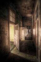 empty dreams by phoelixde
