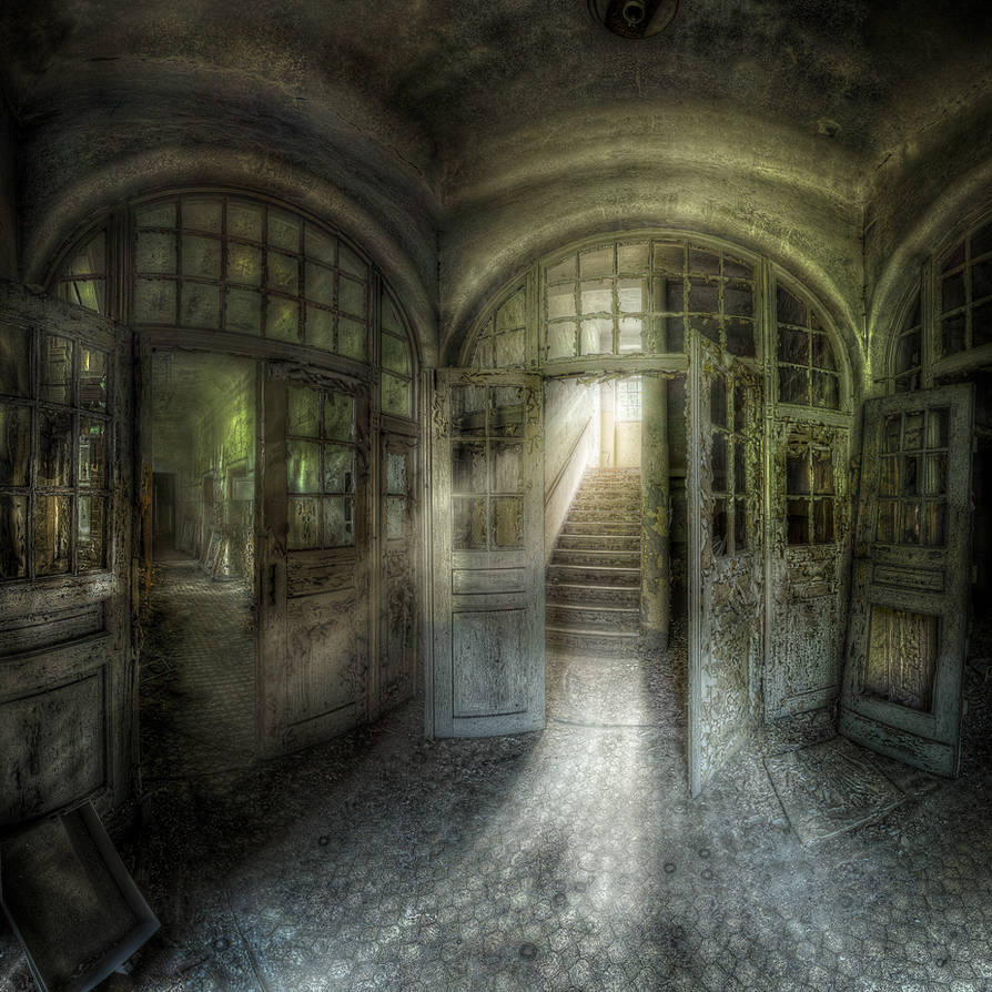 echoes of the past by phoelixde
