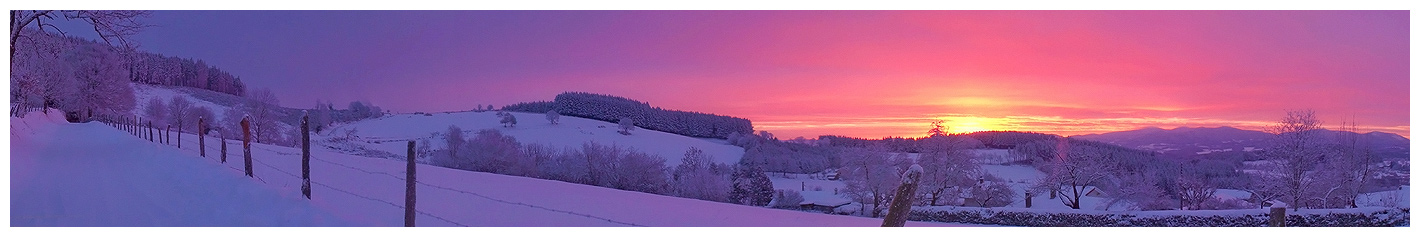FIL ROUGE : Panoramas - Page 2 Frozen_Morning_by_LG77