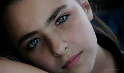 The girl by yavuzselimturan
