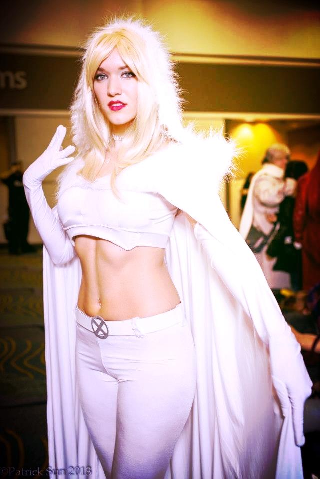 White Queen by AmayaKumikai