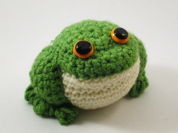 Frog amigurumi by Lenora-chan on DeviantArt
