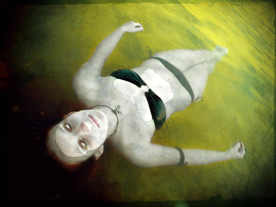 Lady in the Water by roxxsc