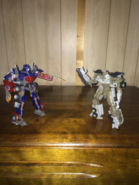 Optimus vs megatron  by Transformerbrett97