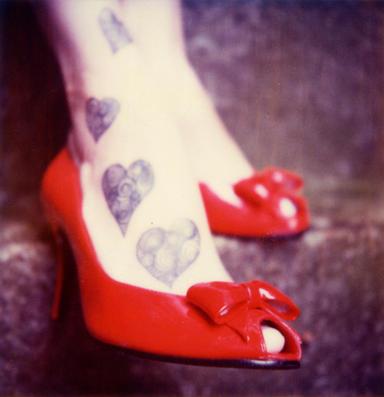 Red shoes and tatoos by robbie munn - ` [Profil, Avαtαr, �mzα]'L�k  ResiмLer Ar�ivi.