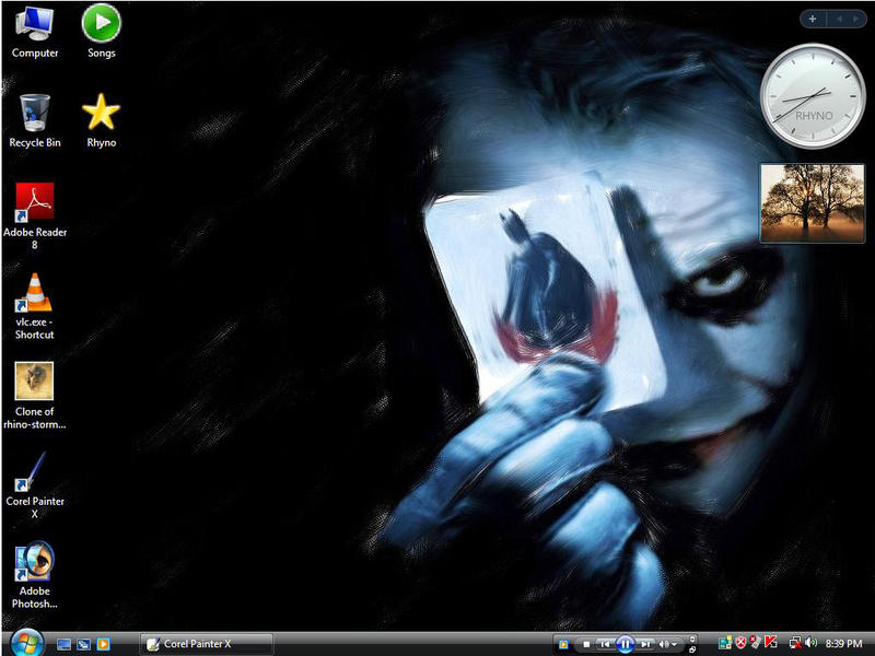joker on desktop by Rozairo