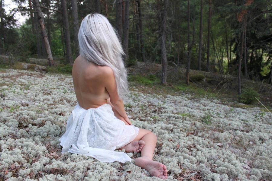 Nymph 5 by Mirish