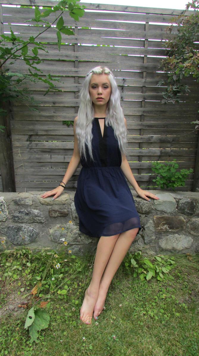http://pre10.deviantart.net/0778/th/pre/i/2013/196/5/2/silver_girl_14___stock_by_mirish-d6dk9dl.jpg