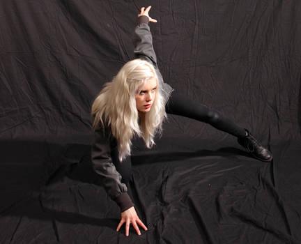 Dauntless - Action Heroine stock 15