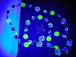 jeweltone uranium UV by wombat1138