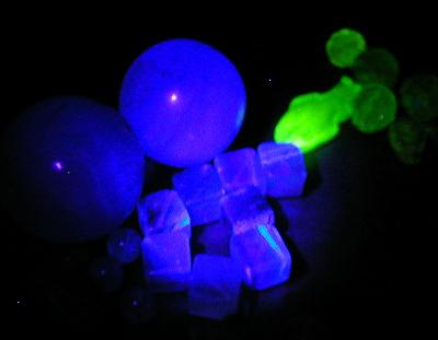 green fluorite + uranium glass by wombat1138
