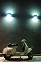 vespa by acidropstudio