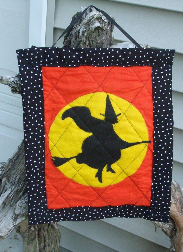 Halloween Witch and Moon quilted Wall Hanging by alrach on DeviantArt