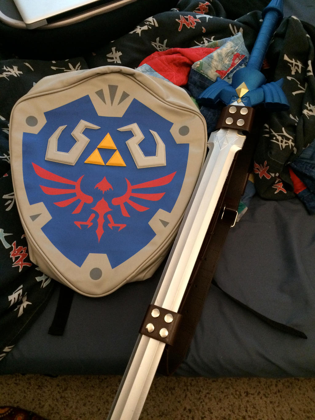 Master Sword and Hylian Shield by 6SeaCat9