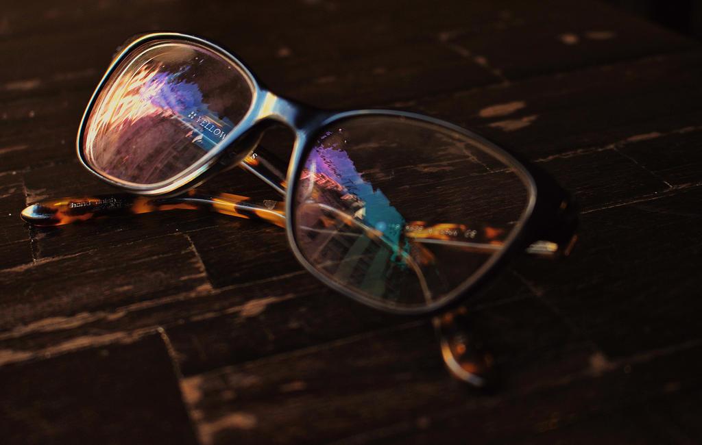 through glasses by chat-de-gouttiere