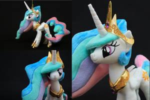 Mini Princess Celestia plush by nekokevin