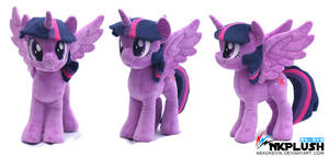 Twilight Sparkle Plush by nekokevin