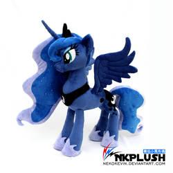 Luna plush