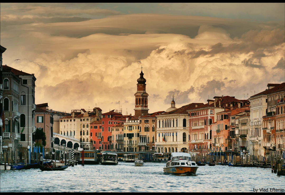 Sky over Venice by veftenie