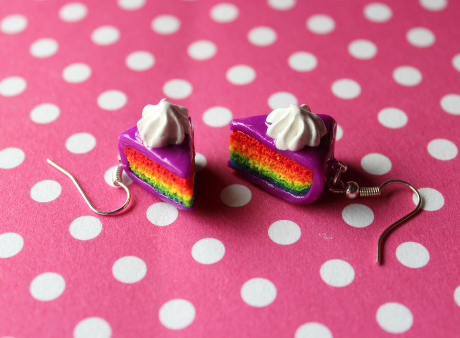 Rainbow cake earrings with purple fondant by rainboww-horror