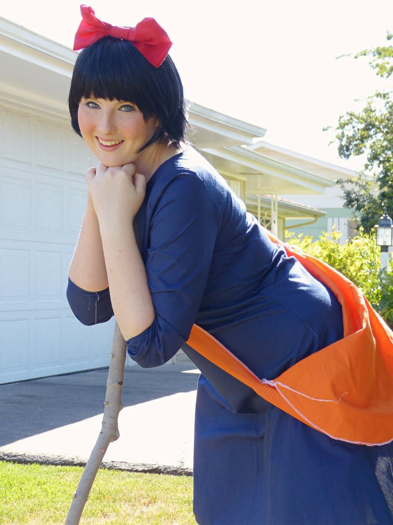 WTB Kiki's Delivery Service Cosplay - Cosplay.com