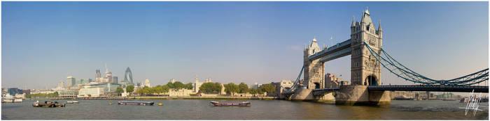 Pano: London II