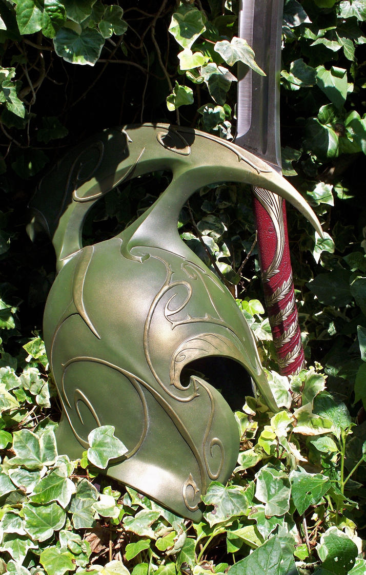 High Elven Warrior Helm by phantomphreaq