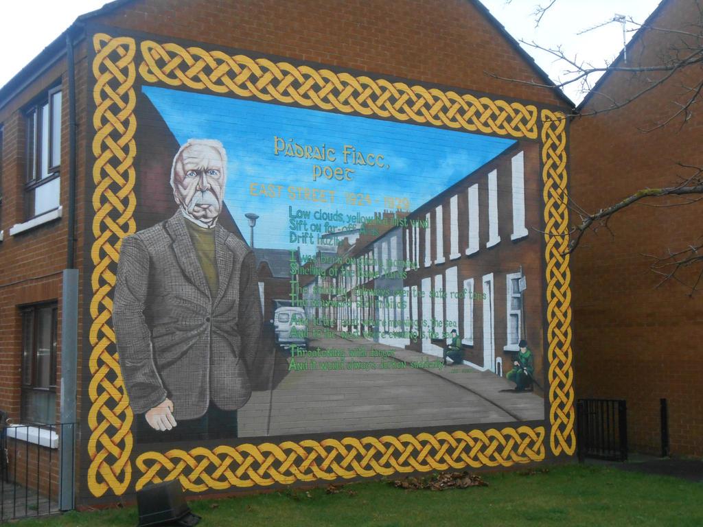 Padraic Fiacc mural by Keresaspa