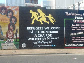 Refugees welcome mural by Keresaspa