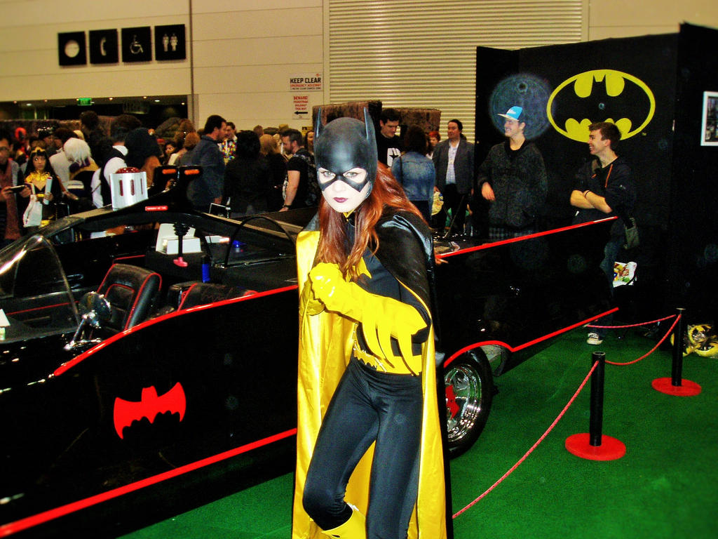 master writer oz comic con batgirl and the batmobile by  oz comic con batgirl and the batmobile by masterwriter on oz comic con 2015 batgirl and
