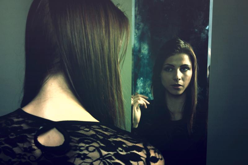 Mirror by nilfgaad